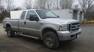 2006 Ford F-350 Lariat Pickup Truck REDUCED FOR QUICK SALE!!