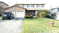 4Bedroom, 2.5 Bathroom, Single Home, minute to Hwy404 for Rent