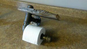 Barnwood black pipe toilet paper holder