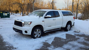 2007 Toyota Tundra 5.7L Limited Pickup Truck double cab with cap