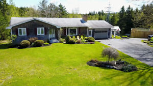 House for Sale, 16 Sandra DR Quispamsis, NB E2G1E7