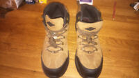 Work boots size 12.5 excellent condition.