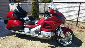 GOLDWING GL1800ADD  PAYER SEULEMENT LA TVQ