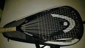 Head racketball come whit a case