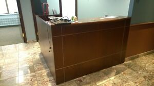 Excellent condition L shaped desk with filing cabinets