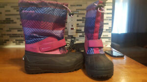 Size 3 Girls Columbia winter boots