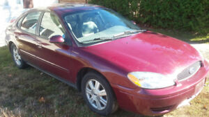 2007 Ford Taurus SEL (automatic) 160,000km + tires and rims