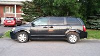 2009 Dodge Grand Caravan stow and go Familiale