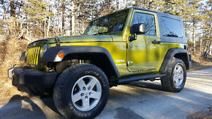 2010 JEEP WRANGLER SPORT 4X4 - GREEN AND MEAN