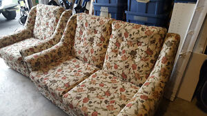 Love seat and Chair Cambridge Kitchener Area image 1