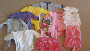 NB and 3mth girls baby clothes (12 pieces)