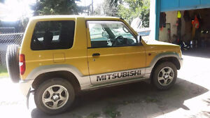2000 Mitsubishi Other SUV, Crossover