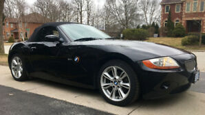 Spring has arrived !!!!!!! EXTREMELY LOW MILEAGE 2004 Z4 3.0i