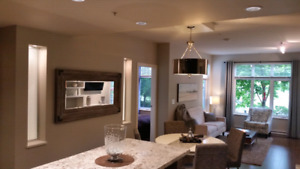 Fully Furnished  2 Bed / 2 Bath Executive Condo