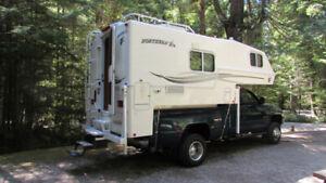 Northern Lite 10'2 CD Truck Camper