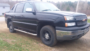 05 Chevy Avalanche