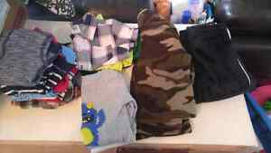 Small lot of boys 9-12 month clothes