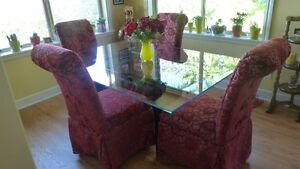 EUC  kitchen glass top table and 4 custom chairs