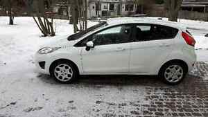 2012 Ford Fiesta SE 5 Door Hatchback   ** NEW PRICE **
