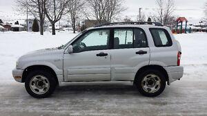 2000 Suzuki Grand Vitara VUS
