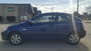 2009 Hyundai Accent Hatchback LOW KM