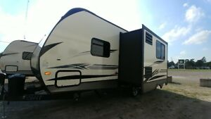 2019 Crossroads Volante 22RB Travel Trailer *COUPLES UNIT*