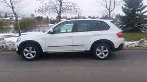 2008 BMW X5 3.0 si 7 seater premium package