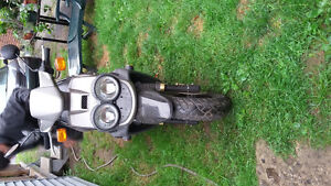 ***SCOOTER A VENDRE NEGOCIABLE***