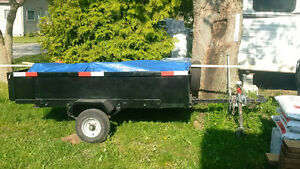 Trailer utility bed is 4x7 great light 2000lb ball 1 and 7/8