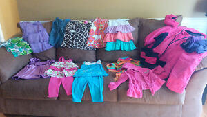 Big box of girls clothes size 3T