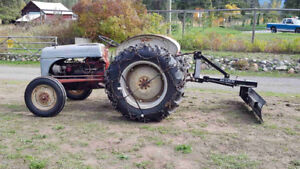 1952 8N tractor