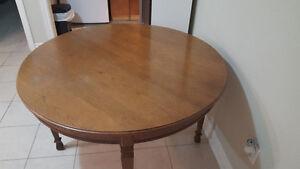 Solid wood table Peterborough Peterborough Area image 2