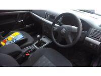 Vauxhall vectors 1.8 petrol 2004