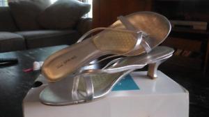 Women's Size 11 Silver dress Sandals
