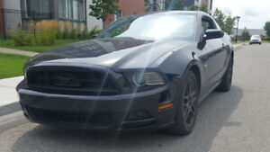 2014 Ford Mustang V6 3.7L, Automatic