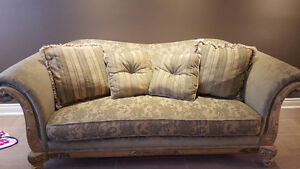 Beautiful Living Room Couches by LIDA
