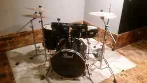 Pearl Export series drum set with Vinnie Paul signature  symbols