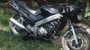 Selling 1993 Kawasaki Ninja 250 or trade 4 a pick up truck