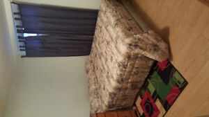 ONE ROOM FOR RENT IN A WALKOUT BASEMENT AVAILABLE AUG 1ST