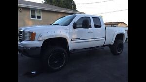 GMC Sierra 1500 lifted
