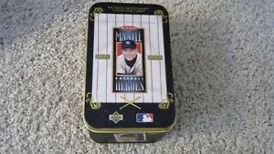 MICKEY MANTLE METALLIC COLLECTOR CARDS