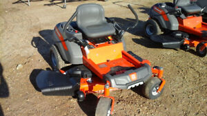 HUSQVARNA Z254 ZERO TURN MOWER, 23.5HP KAWASAKI