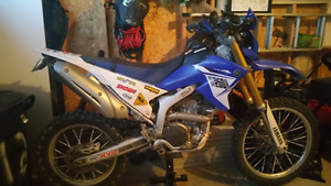 2014 Yamaha Wr250r Enduro Dirt Bike