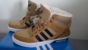 ADIDAS SHOES - BRAND NEW - SIZE 10 - RARE