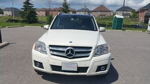 2010 Mercedes-Benz GLK-350 4Matic SUV-Fully Loaded