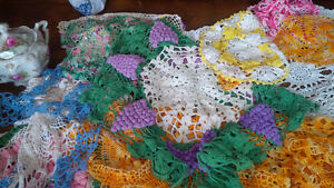 Vintage Colourful Doilies + One Tablecloth Kitchener / Waterloo Kitchener Area image 4