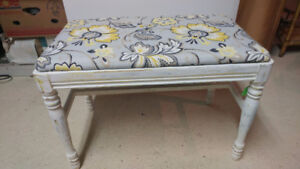 Grey & yellow floral seated bench