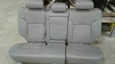 03 4RUNNER GRAY LEATHER REAR SECOND ROW SEAT SET Second Row Runner