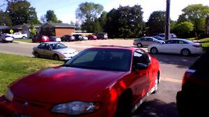 2001 Chevrolet Monte Carlo Coupe (2 door)