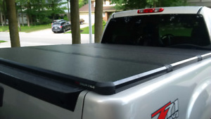 """Tonneau Cover - Extang Solid Fold - 5' 8"""""""